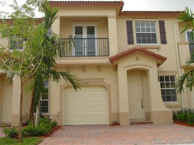 Kendall Condo For Sale: 12876 SW 133 Terrace #12876