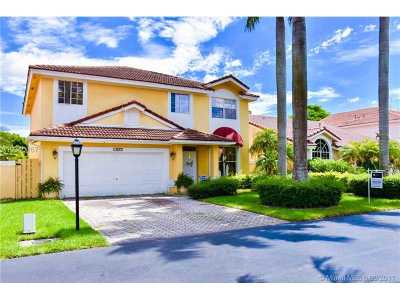 Single Family Home For Sale: 10877 SW 152nd Pl
