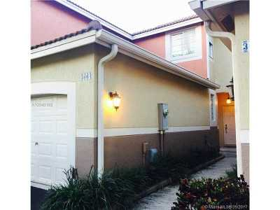 Weston Condo Active-Available: 3664 San Simeon Cir #3664