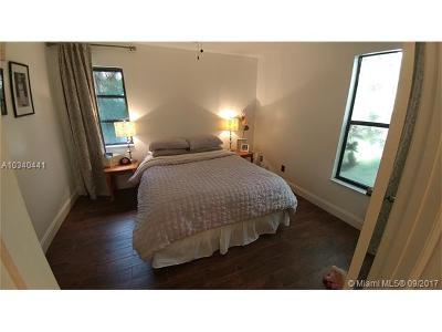 Jupiter Single Family Home For Sale: 16859 N 95th Ave N