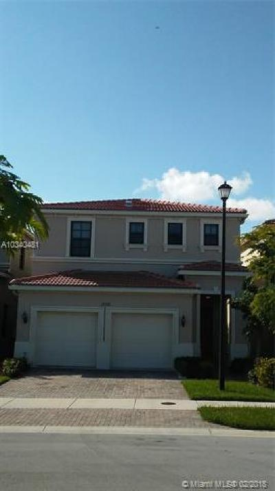 Miami-Dade County Single Family Home Active-Available: 19304 Northeast 8th Ct