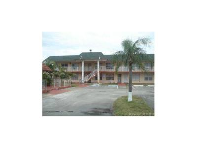 Miami Gardens Condo Active-Available: 271 Northwest 177th St #B-219