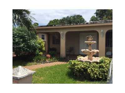 Hialeah Multi Family Home Active-Available: 520 East 19th St