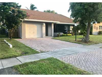 Dania Beach Single Family Home Active-Available: 270 Southeast 7th