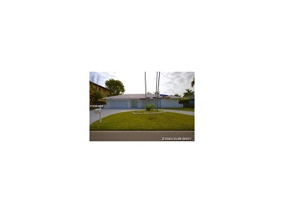 Hallandale Single Family Home Active-Available: 519 Layne Blvd