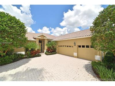 Palm Beach County Single Family Home For Sale: 8793 Lakes Blvd