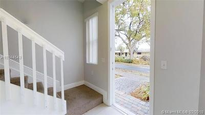 Hollywood Condo For Sale: 1705 Johnson St #H