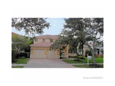 Weston Single Family Home For Sale: 731 Heritage Way