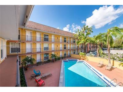 Coconut Grove Condo For Sale: 3245 Virginia St #36