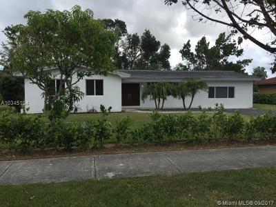 Palmetto Bay Single Family Home For Sale: 8320 SW 152nd St