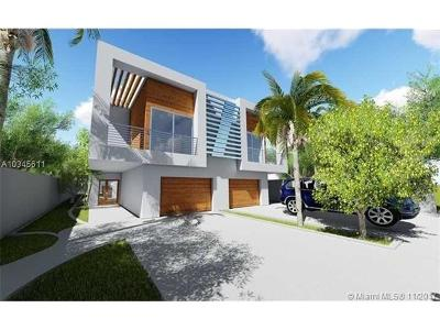 Coconut Grove Condo For Sale: 3041 New York #B