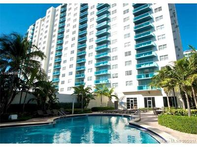 Hollywood Condo For Sale: 4001 S Ocean Dr #3P