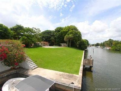 Coral Gables Single Family Home For Sale: 6945 Granada Blvd