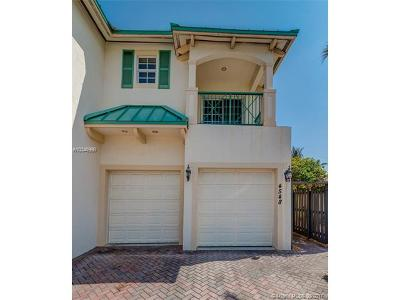 Lauderdale By The Sea Condo For Sale: 4548 Poinciana St #4548