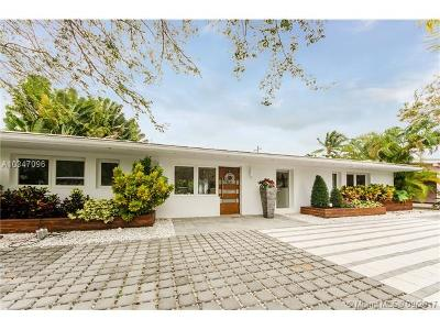 Key Biscayne Single Family Home For Sale: 335 Cypress Dr