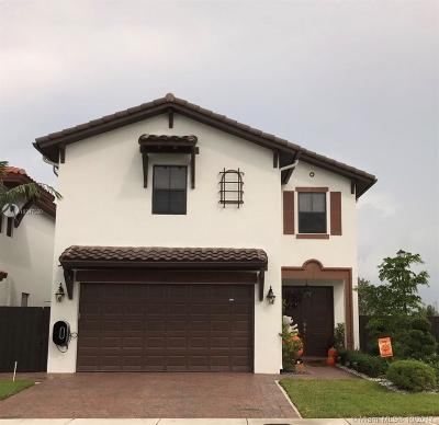 Doral Single Family Home For Sale: 8605 NW 102nd Ct
