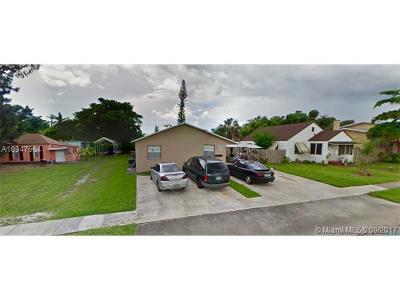 Dania Beach Multi Family Home For Sale: 235 SW 12th St