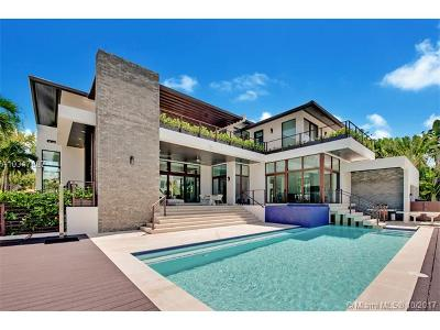 Key Biscayne Single Family Home For Sale: 600 Curtiswood Dr