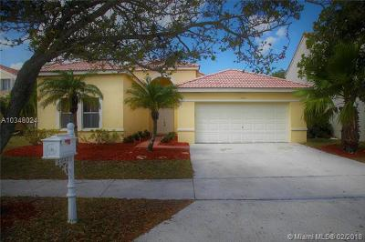 Weston Single Family Home For Sale: 1232 Falls Blvd