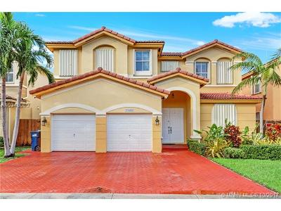 Doral Single Family Home For Sale: 11049 NW 80th Ln