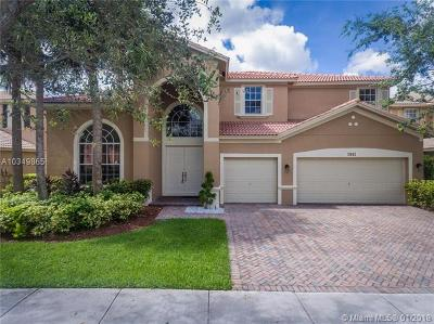 Weston Single Family Home For Sale: 3845 W Hibiscus St