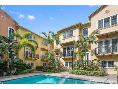 Fort Lauderdale Condo For Sale: 504 SE 7th St #203