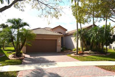 Weston Single Family Home For Sale: 1032 Lavender Circle