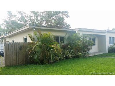 West Miami Single Family Home For Sale: 6370 SW 18 Terrace
