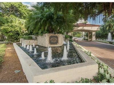 Aventura Single Family Home For Sale: 1000 W Island Blvd
