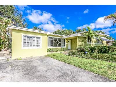 North Miami Single Family Home For Sale: 105 NE 128th Ter