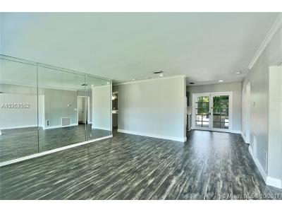 Hollywood Single Family Home For Sale: 6508 Eaton St