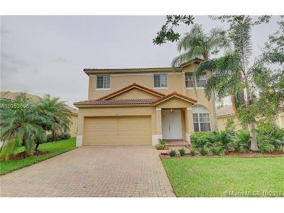 Weston Single Family Home For Sale: 16709 Sapphire Spgs