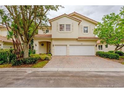 Pembroke Pines Single Family Home For Sale: 1878 NW 74th Ave
