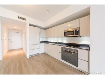 Condo For Sale: 1010 Brickell Ave #4008