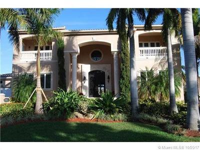 Coral Gables Single Family Home For Sale: 13065 Miranda St