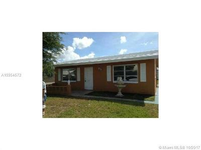 Tamarac Single Family Home For Sale: 5716 NW 87th Ave