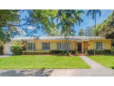 Coral Gables Single Family Home For Sale: 923 Andres Ave