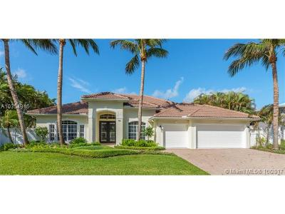 Palm Beach County Single Family Home For Sale: 148 Beacon Lane