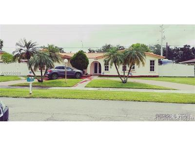 Miami Single Family Home For Sale: 14340 SW 71 Ln