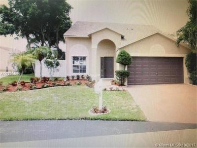 Palm Beach County Single Family Home For Sale: 10 Seaford Pl