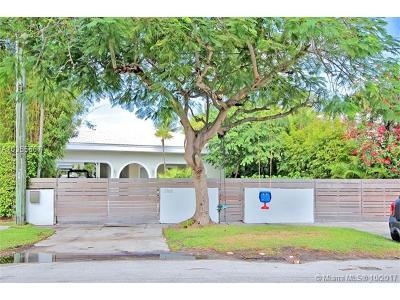 Miami, Miami Beach Single Family Home For Sale: 3166 N Bay Rd
