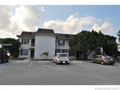 West Palm Beach FL Condo For Sale: $95,000