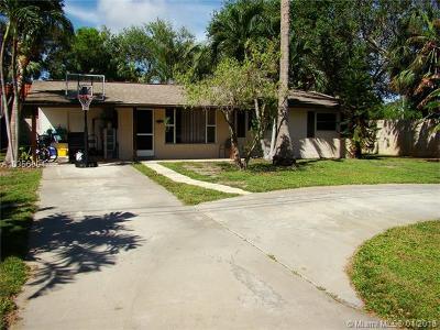 Palm Beach County Single Family Home For Sale: 11439 Kidd Ln