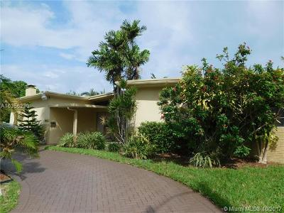 Miami Single Family Home For Sale: 20425 Highland Lakes Blvd