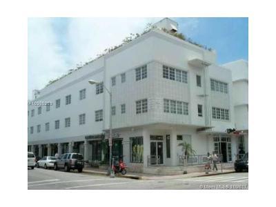 Miami Beach Condo For Sale: 865 Collins Ave #201