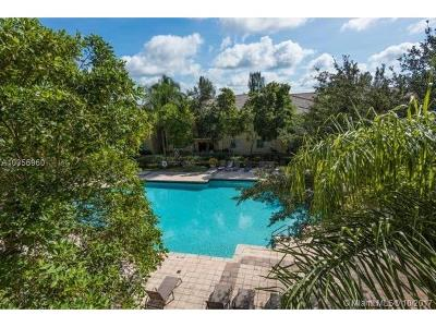 Palm Beach County Condo For Sale: 1700 S Crestwood Ct S #1718