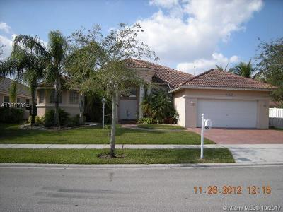 Broward County Single Family Home For Sale: 1542 NW 139th Ave