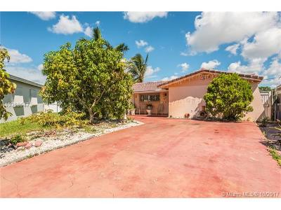 Hialeah Single Family Home For Sale: 6601 W 11th Ln