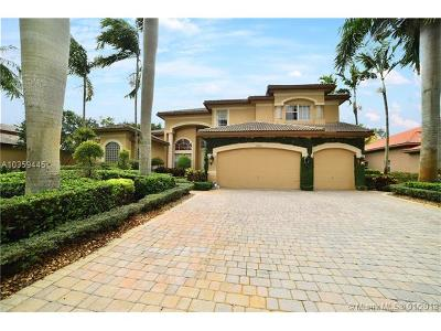 Davie Single Family Home For Sale: 10430 S Lake Vista Cir