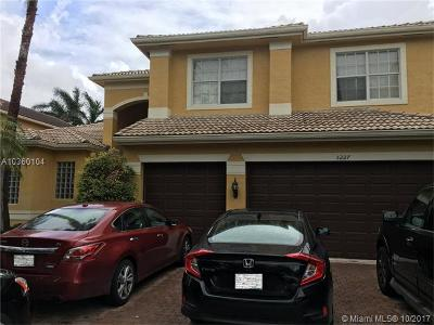 Miramar Single Family Home Backup Contract-Call LA: 5227 SW 195th Ter